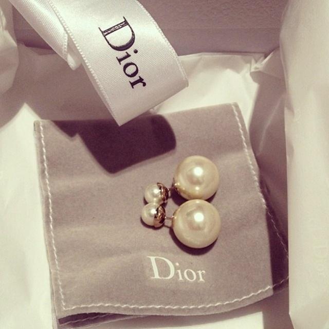 Brinco tribal _ Mise en Dior