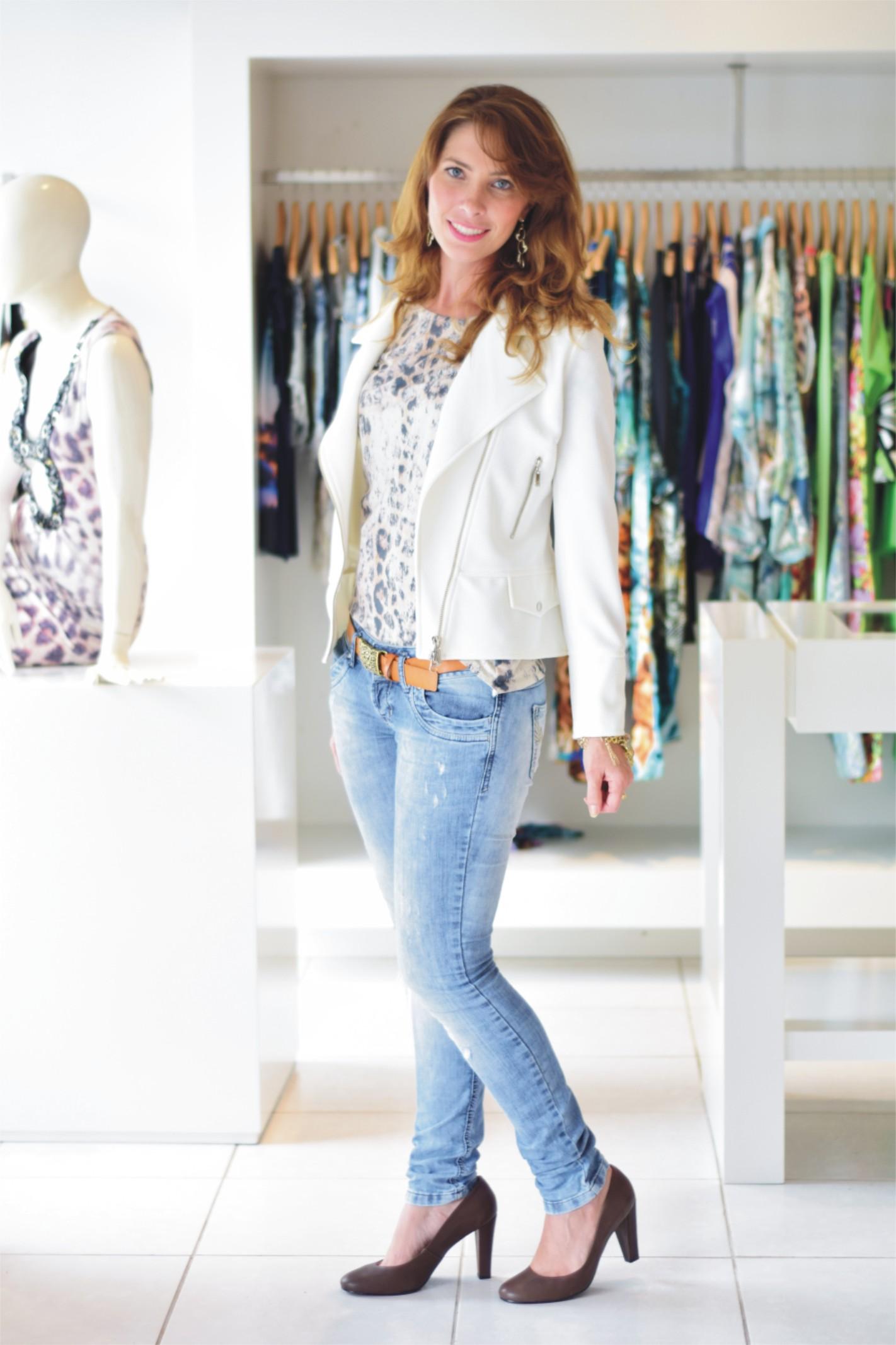 Jeans + animal print _ Arianne Ribeiro