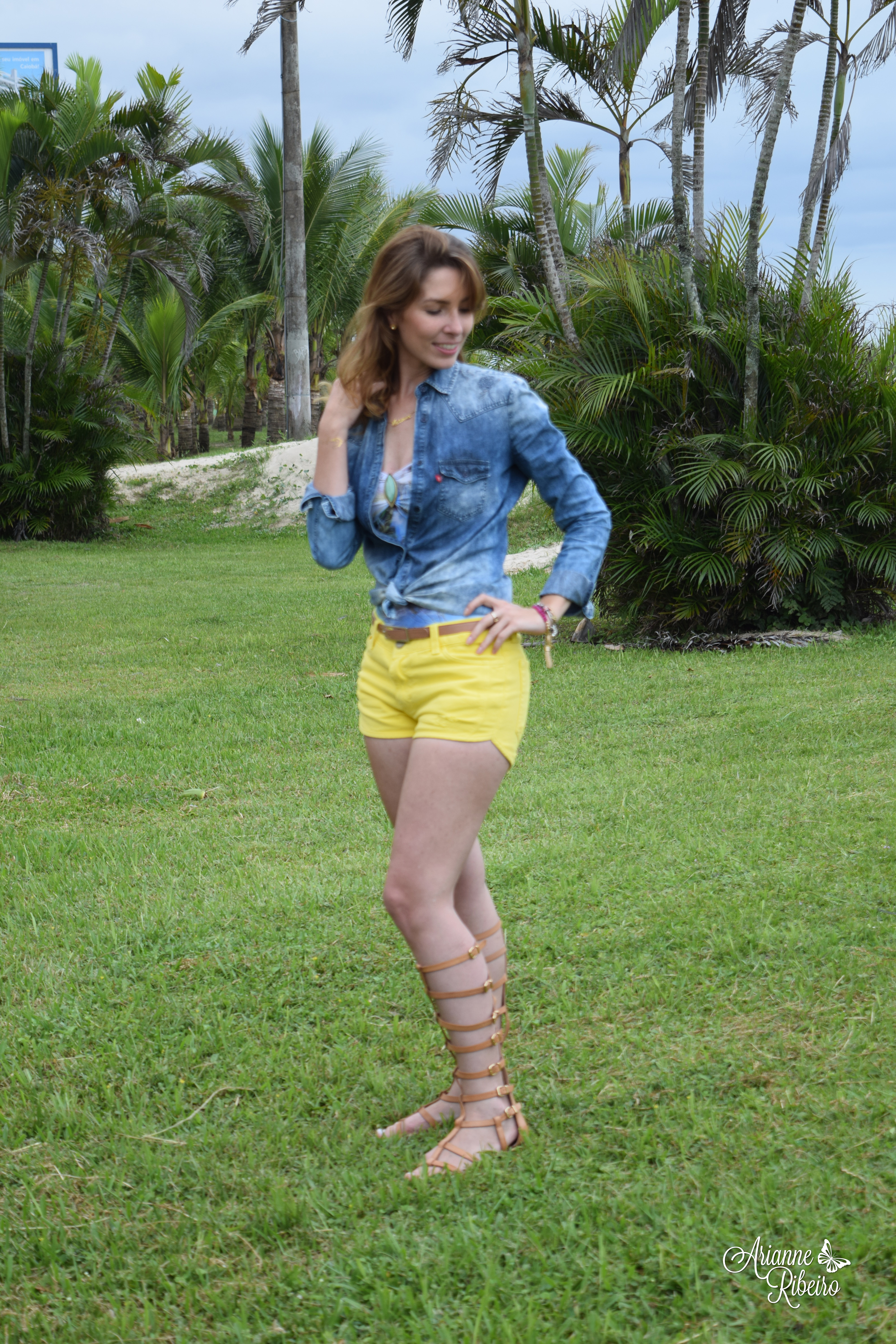 Look do dia shorts amarelo _ AR