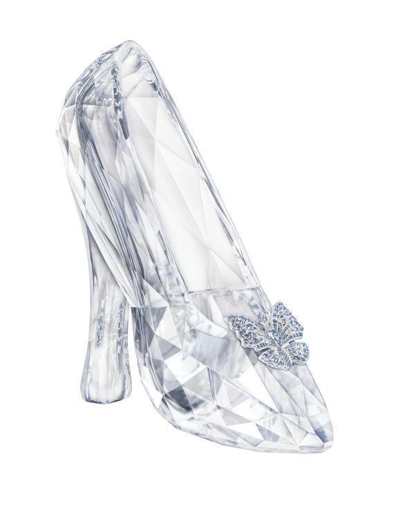 Cinderella_Slipper_Limited_Edition_2015_